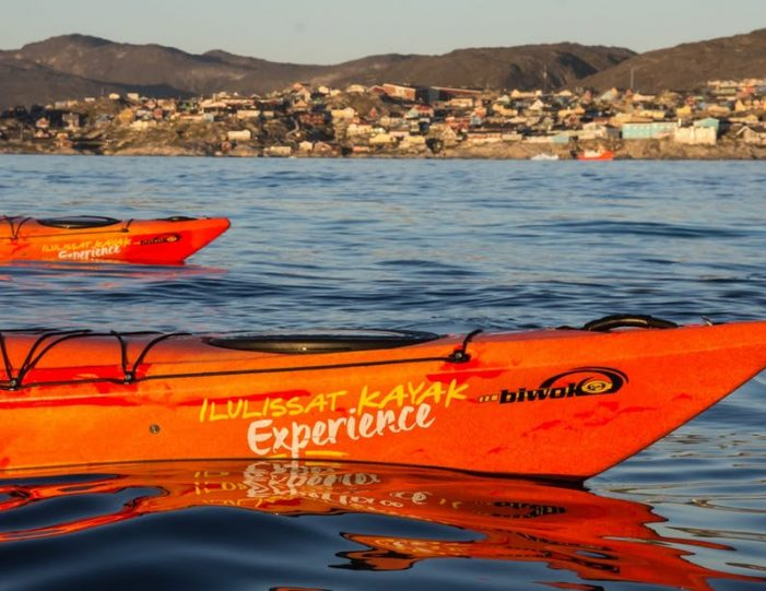evening-kayaking-among-icebergs-ilulissat-disko-bay - Guide to Greenland6