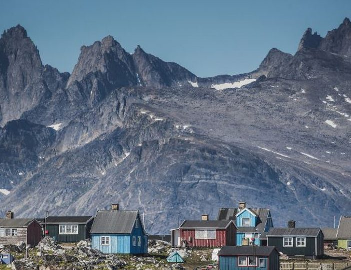 expedition-south-greenland-by-helicopter-qaqortoq-south-greenland - Guide to Greenland12
