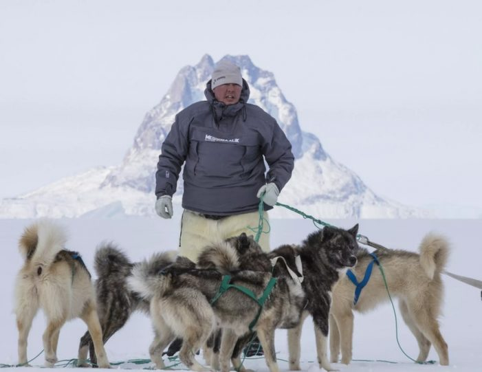 experience-winter-in-the-arctic-uummannaq-ilulissat-from-iceland-day-Guide to Greenland13