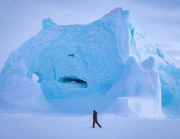 experience-winter-in-the-arctic-uummannaq-ilulissat-from-iceland-day-Guide to Greenland16