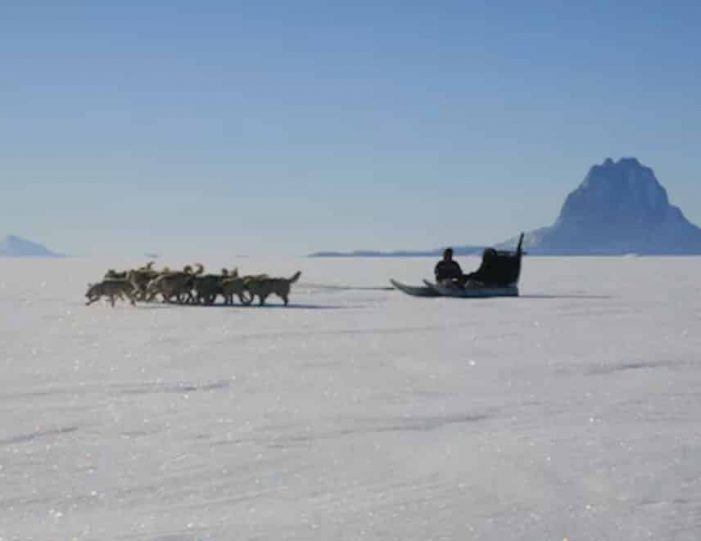 experience-winter-in-the-arctic-uummannaq-ilulissat-from-iceland-day-Guide to Greenland17