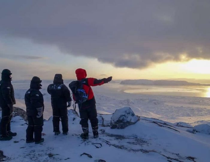 experience-winter-in-the-arctic-uummannaq-ilulissat-from-iceland-day-Guide to Greenland8