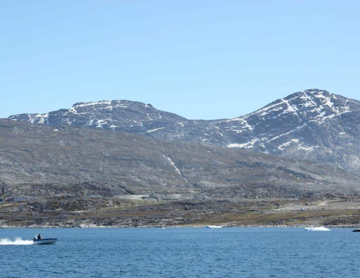 fishing-tour-ilulissat-disko-bay - Guide to Greenland10