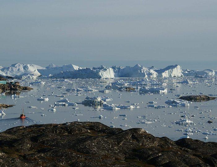 fishing-tour-ilulissat-disko-bay - Guide to Greenland5