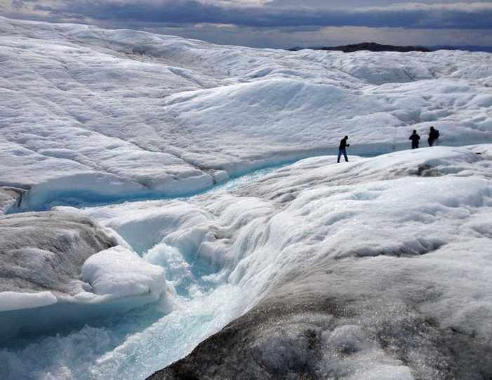full-day-adventure-on-greenland-ice-sheet-kangerlussuaq-west-greenland - Guide to Greenland1