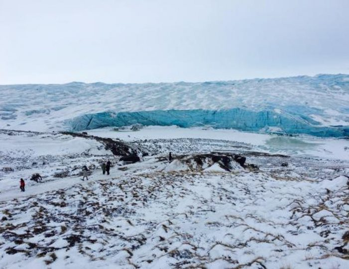 full-day-adventure-on-greenland-ice-sheet-kangerlussuaq-west-greenland - Guide to Greenland6