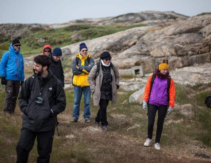ghost-village-boat-cruise-sisimiut-west-greenland - Guide to Greenland10