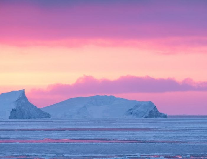 gift-card-for-all-tours-in-greenland-Guide to Greenland7