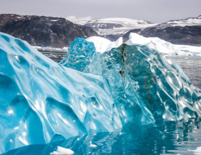 glacier-adventure-by-boat-tasiilaq-east-greenland - Guide to Greenland1