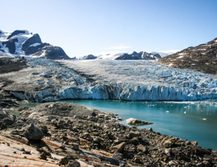 glacier-adventure-by-boat-tasiilaq-east-greenland - Guide to Greenland11