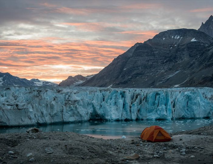 glacier-camping-midnight-sun-expedition-east-greenland-Guide to Greenland2