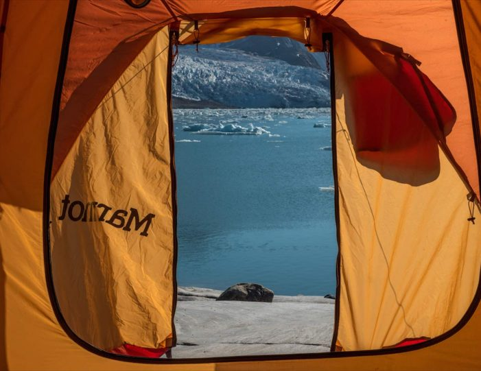 glacier-camping-midnight-sun-expedition-east-greenland-Guide to Greenland6