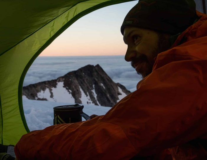 glacier-camping-midnight-sun-expedition-east-greenland-Guide to Greenland7