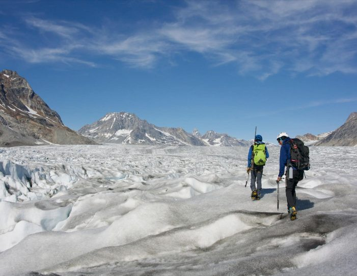 glacier-camping-midnight-sun-expedition-east-greenland-Guide to Greenland9
