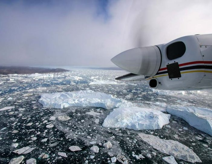 glacier-icefjord-flightseeing-ilulissat-disko-bay - Guide to Greenland1