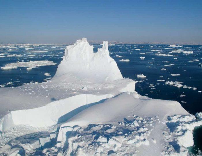 glacier-icefjord-flightseeing-ilulissat-disko-bay - Guide to Greenland12