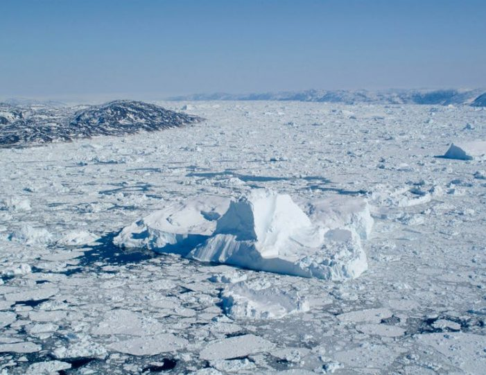 glacier-icefjord-flightseeing-ilulissat-disko-bay - Guide to Greenland3