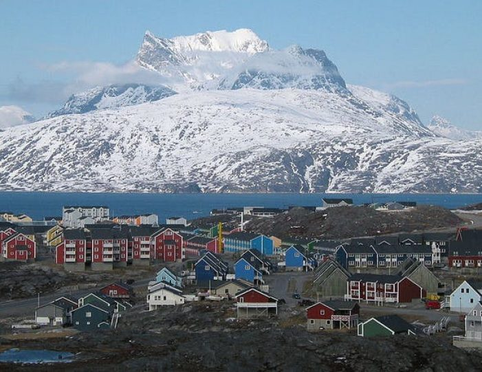 heart-of-greenland-the-capital-nuuk-Guide to Greenland1