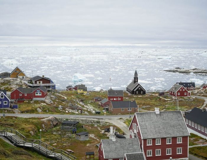 highlights-of-iceland-west-greenland-8-days-day-Guide to Greenland2