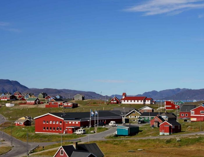 highlights-of-south-greenland-8-days-Guide to Greenland10