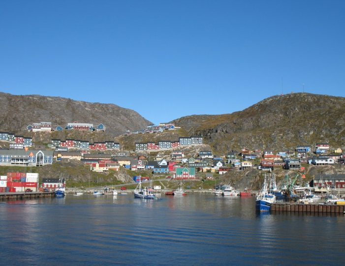 highlights-of-south-greenland-8-days-Guide to Greenland11