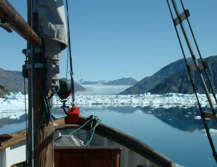 highlights-of-south-greenland-8-days-Guide to Greenland7