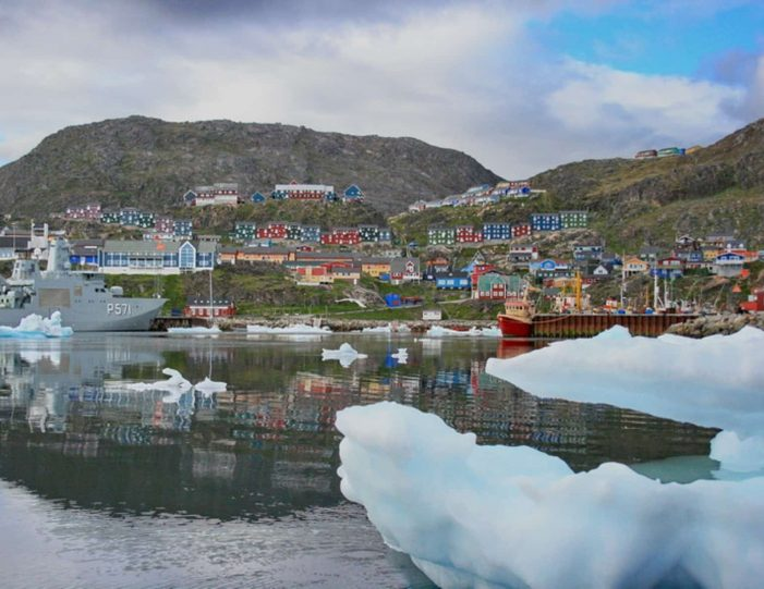 highlights-of-south-greenland-8-days-Guide to Greenland8