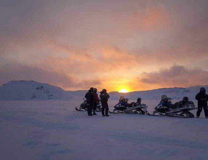 highlights-of-the-arctic-winter-in-5-days-ilulissat-disko-bay-Guide to Greenland1