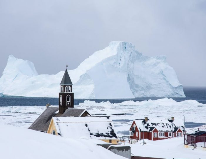 highlights-of-the-arctic-winter-in-5-days-ilulissat-disko-bay-Guide to Greenland13