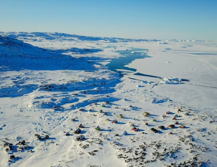 highlights-of-the-arctic-winter-in-5-days-ilulissat-disko-bay-Guide to Greenland16