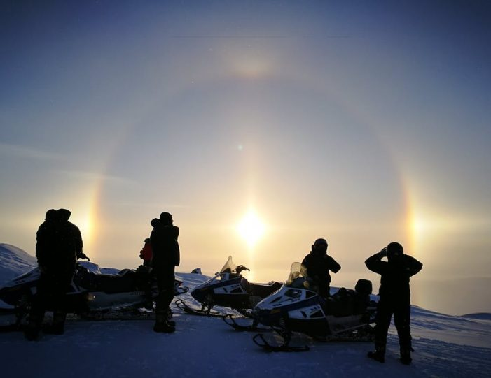highlights-of-the-arctic-winter-in-5-days-ilulissat-disko-bay-Guide to Greenland7