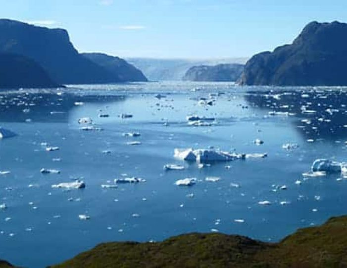 hike-and-kayaking-south-greenland-Guide to Greenland (1)