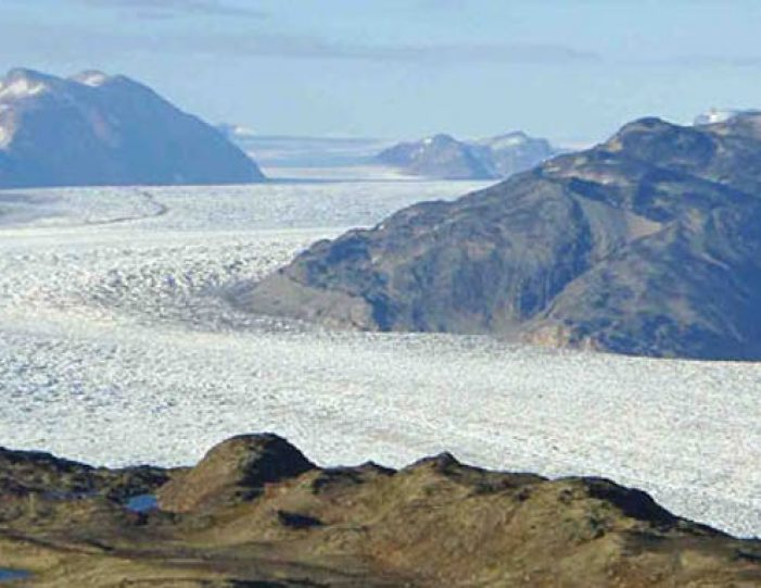 hike-and-kayaking-south-greenland-Guide to Greenland (8)
