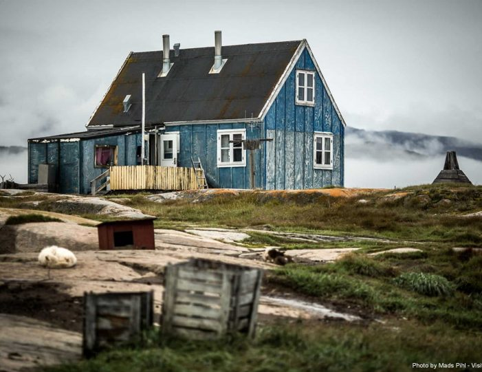 hike-cultural-immersion-2-days-ilulissat-disko-bay-Guide to Greenland3