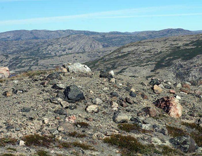 hike-to-garnet-rock-kangerlussuaq-west-greenland-guide to greenland (13)
