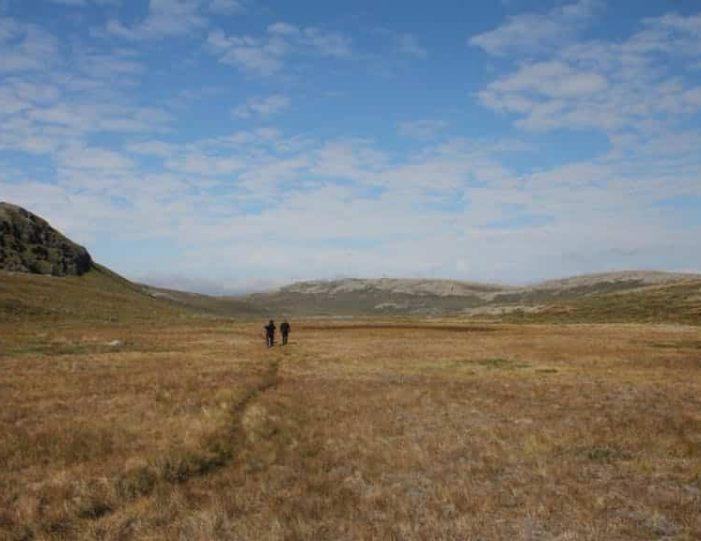 hike-to-garnet-rock-kangerlussuaq-west-greenland-guide to greenland (6)
