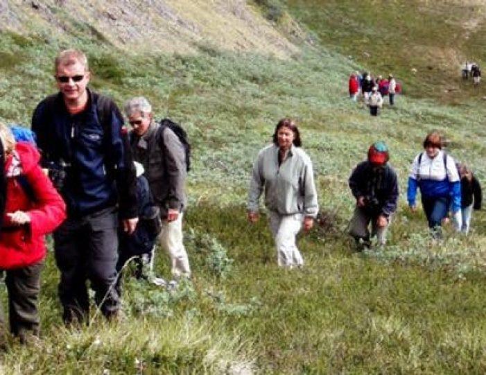 hike-to-garnet-rock-kangerlussuaq-west-greenland-guide to greenland (8)