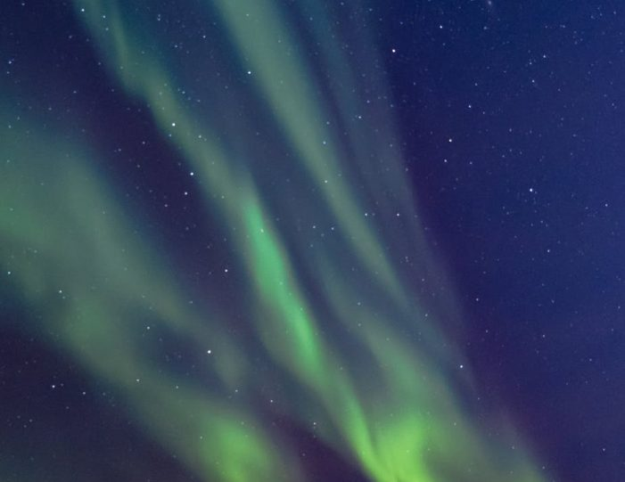hunting-northern-lights-with-snowmobile-ilulissat-guide to greenland (5)