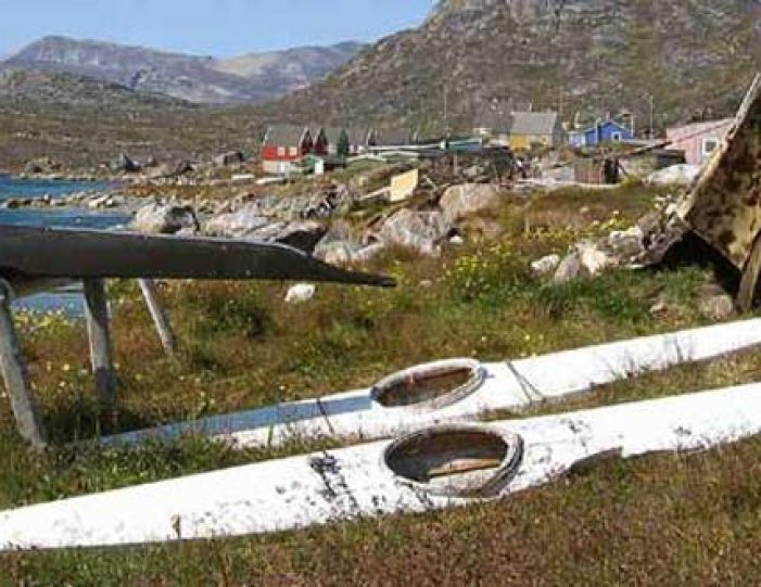 ice-big-walls-hot-spring-south-greenland-explorer-Guide to Greenland13