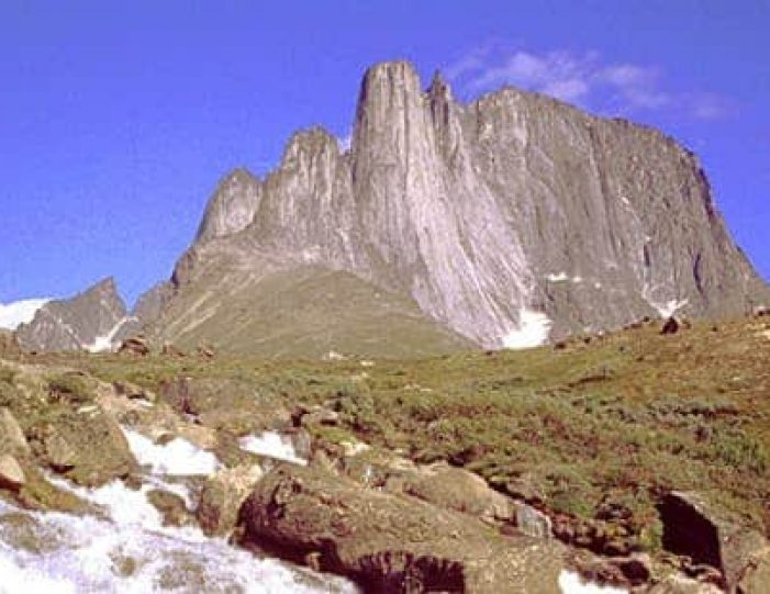 ice-big-walls-hot-spring-south-greenland-explorer-Guide to Greenland19