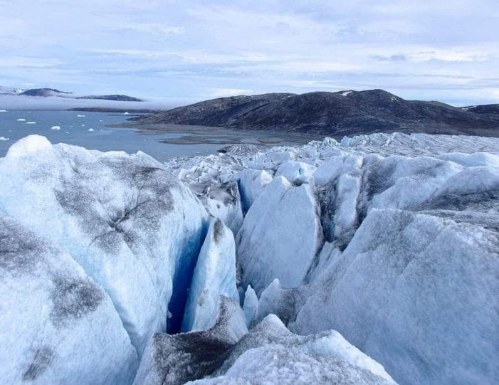 ice-climbing-ice-cave-tour-east-greenland - Guide to Greenland10