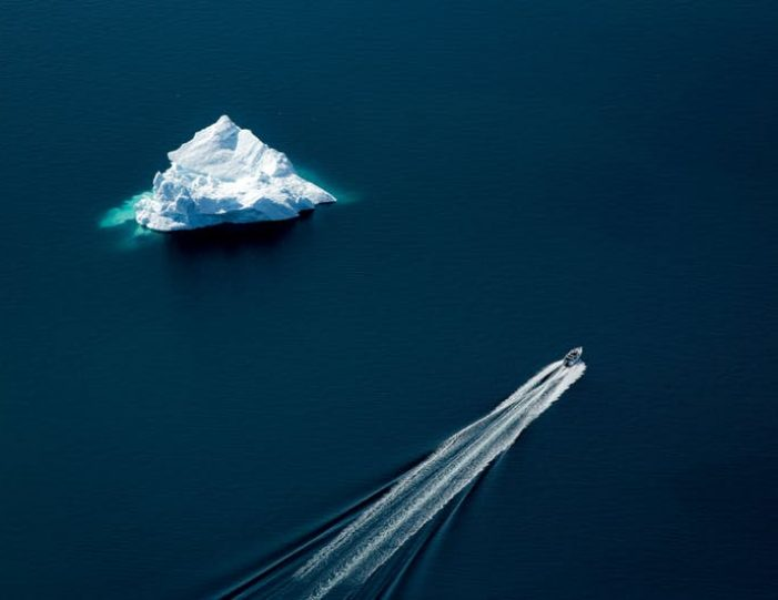 icebergs-and-summit-view-by-helicopter-qaqortoq-south-greenland-8 - Guide to Greenland (5)