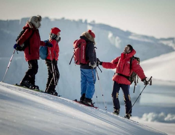 icefjord-snowshoe-hike-ilulissat-disko-bay - Guide to Greenland (3)