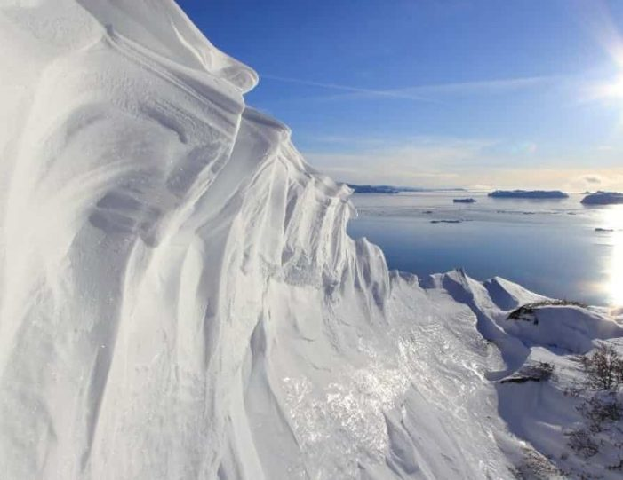 icefjord-snowshoe-hike-ilulissat-disko-bay - Guide to Greenland (8)