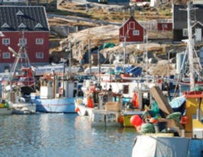 ilulissat-citywalk-ilulissat-disko-bay - Guide to Greenland (3)