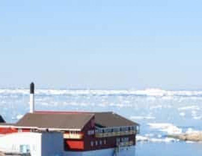 ilulissat-citywalk-ilulissat-disko-bay - Guide to Greenland (8)