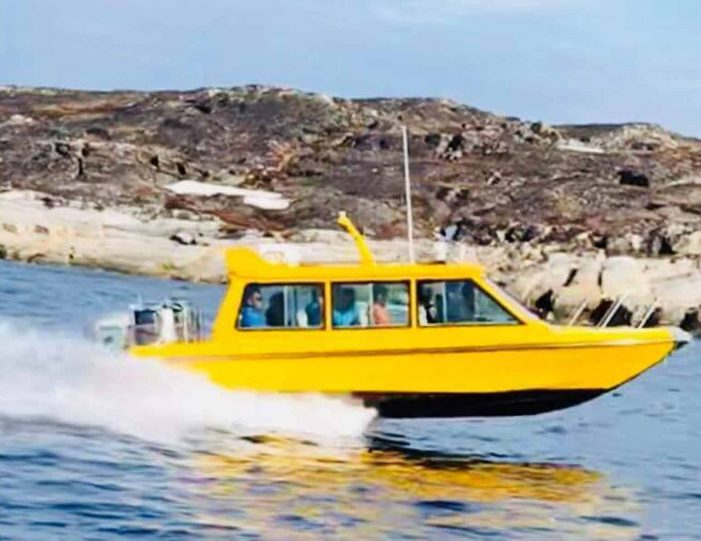 kangersuneq-fjord-safari-private-charter-qasigiannguit-diskobay-Guide to Greenland6