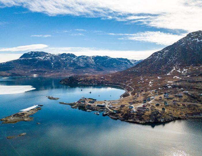 kapisillit-settlement-in-nuuk-fjord-guide-to-greenland-5