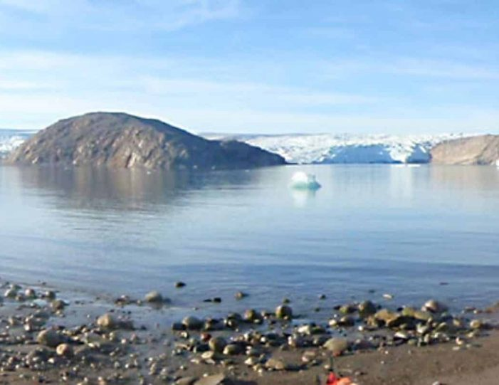 kayak-ice-hike-8-days-south-greenland-Guide to Greenland7