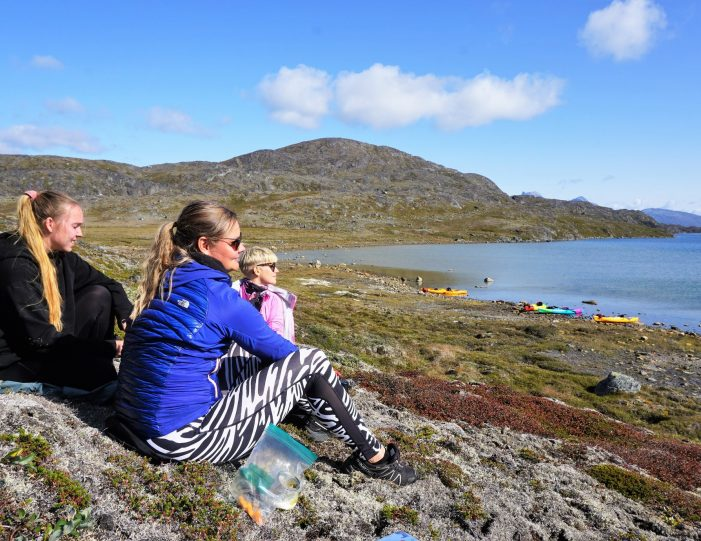 kayaking-arctic-char-fishing-nuuk-west-greenland - Guide to Greenland4